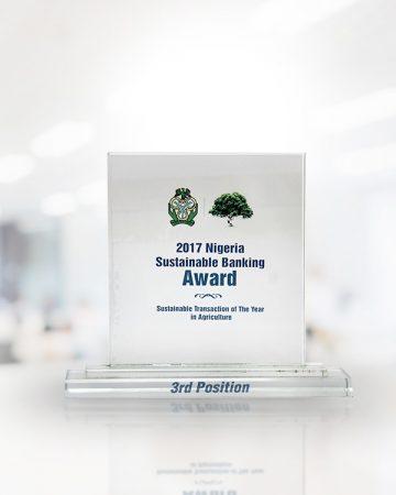 Fidelity-2017-NIGERIA-SUSTAINABLE-BANKING-AWARD