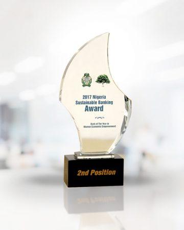 Fidelity-2017-NIGERIA-SUSTAINABLE-BANKING-AWARD2