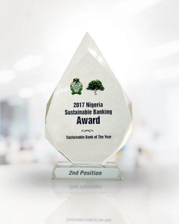 Fidelity-2017-NIGERIA-SUSTAINABLE-BANKING-AWARD3